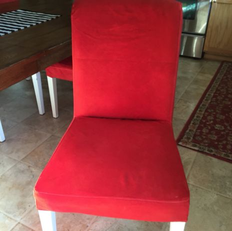 DIY – Dyeing IKEA Henriksdal chair covers red done!